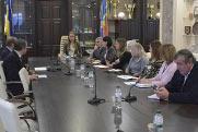 Серія презентацій інструментів для залучення іноземних та внутрішніх інвестицій для об'єднаних територіальних громад та міст обласного значення Житомирської області_1